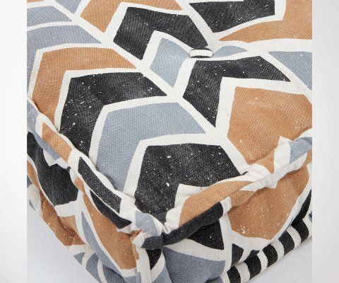 Chaise design esprit scandinave LILY - rembourrée tissu beige