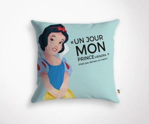 """MON PRINCE VIENDRA"" cushion - 45x45cm"