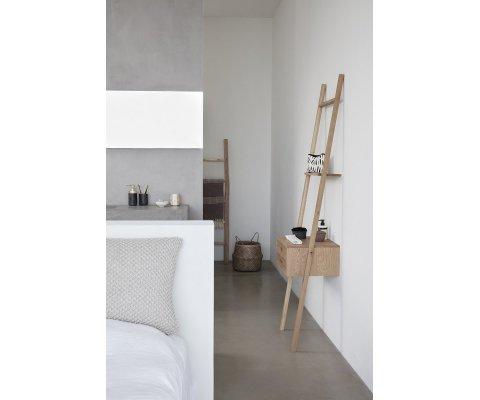 Étagère echelle en bois avec tiroir AZIOLO - Hubsch