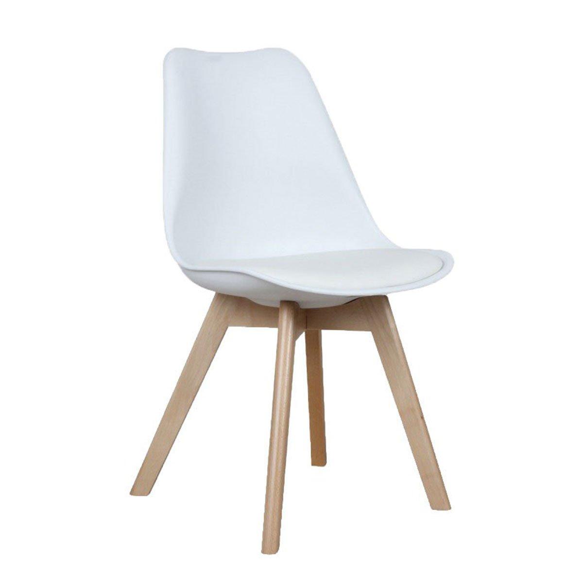 chaise scandinave effeil avec coussin blanc