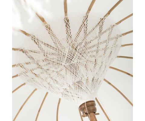 Parasol en bois et tissu beige à pompoms PILOU