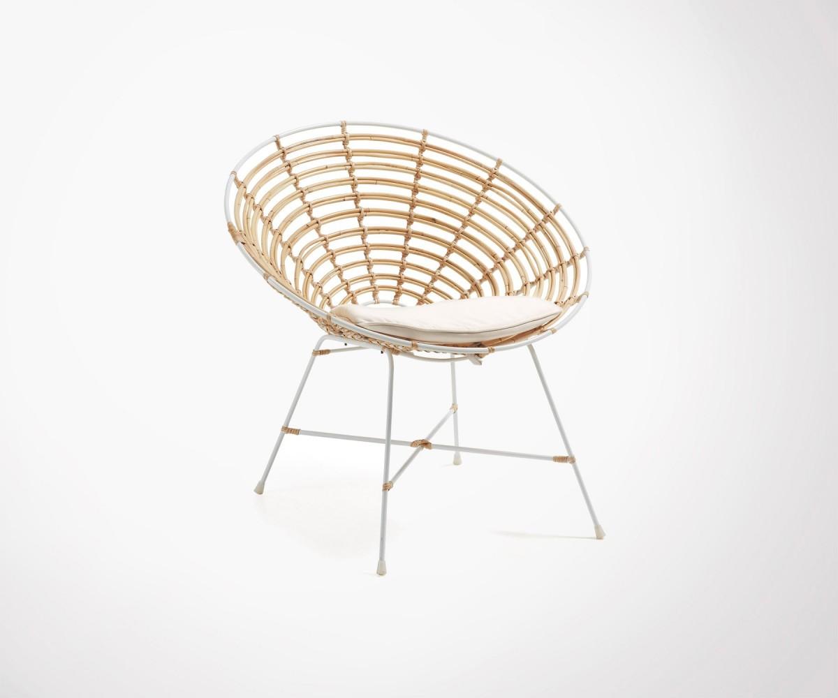 fauteuil lounge rotin structure m tal blanc et coussins inclus. Black Bedroom Furniture Sets. Home Design Ideas