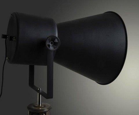 Lampadaire industriel projecteur métallique YCAR