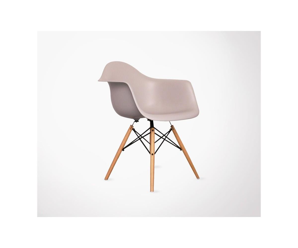 fauteuil inspir de la chaise daw de c eames. Black Bedroom Furniture Sets. Home Design Ideas
