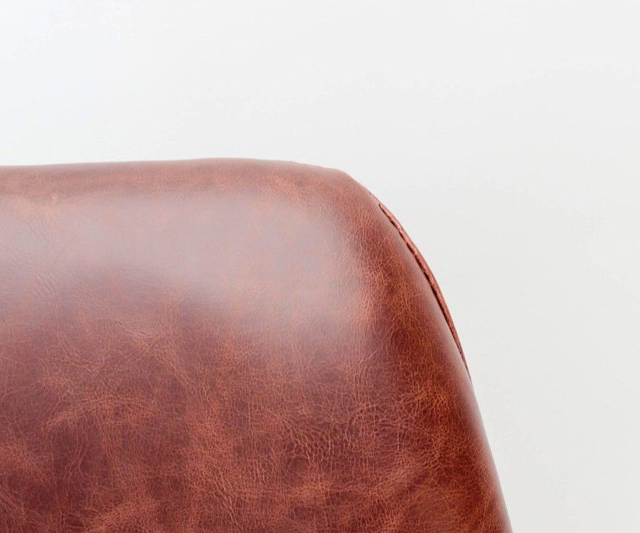 Chaise scandinave simili cuir cognac BARI - Label 51