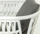 Fauteuil rotin blanc avec coussins KARDA